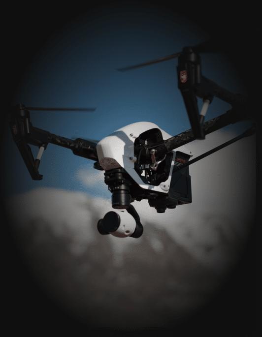 Dron wtrakcie obserwacji